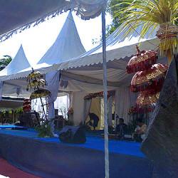 uma-dekorasi-panggung1